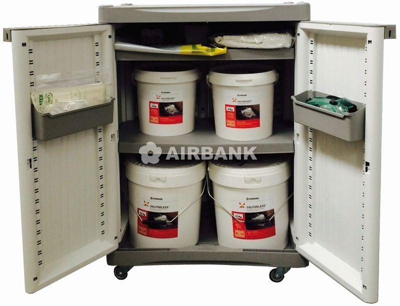 Kit per sversamento di liquidi speciali
