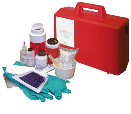 Kit di pronto intervento per liquidi speciali